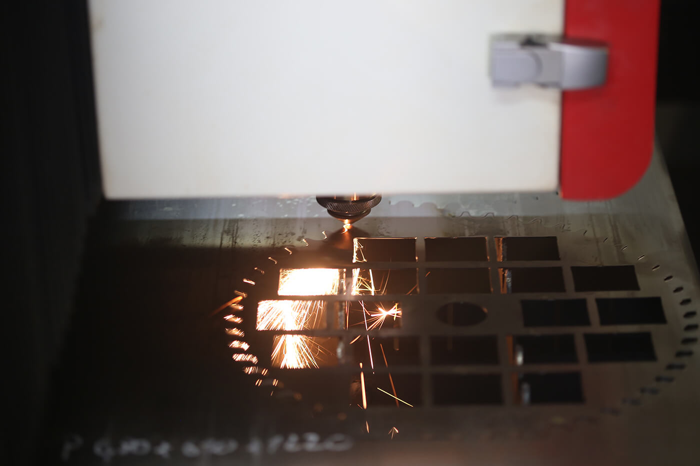 Řezací lasery společnosti MEPAC CZ.